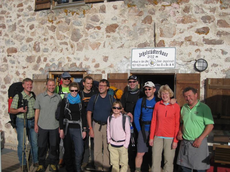 Die Wandergruppe: Burkhardt, Manni, anja, Robert, Stefan, Nele, Dirk, Günter, Rita und der Hüttenwirt