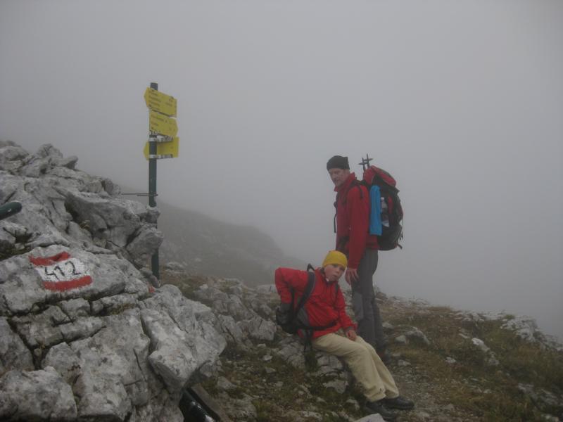 ... und auf dem Grat erwartet uns Regen und Nebel.