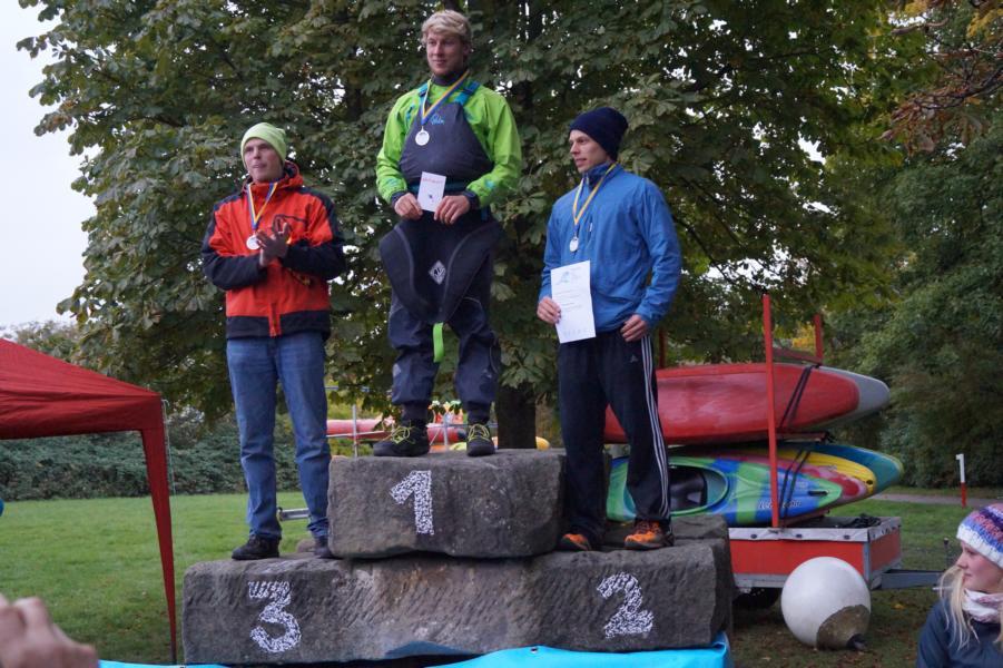 David bei der Siegerehrung - zunächst noch auf Platz 3 liegend, wurde das Ergebnis auf Platz 2 korrigiert und David als deutscher Vizemeister geehrt.